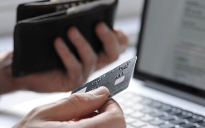There's a Real Difference Between a Personal and Business Credit Card